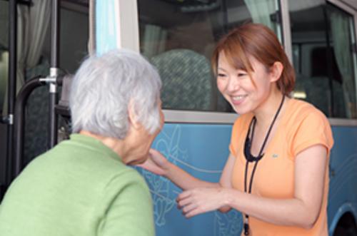 デイサービスセンターエンゼルヘルプ浅草/デイサービス介護職員