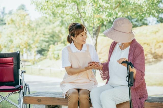 神奈川県鎌倉市:自然に囲まれた土地で介護職として働きませんか?
